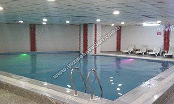 Erat Yüzme Havuzları